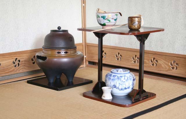 千葉県佐倉市,成田市,八千代市,四街道市,千葉市,印西市,富里市,山武市,佐原市の茶道具買い取ります。
