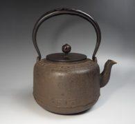 【茶道具】銀擂座提手万代屋鉄瓶 買取しました。